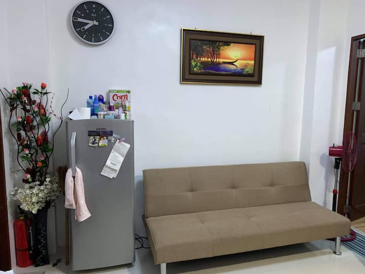 1 bed unit in d heart of the city near subic bay
