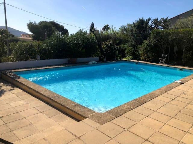 Villa, 100m de la mer, Piscine privée 10x5,VUE MER