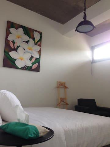 鹿過小漁港Lugo Hotel 301 - 屏東縣