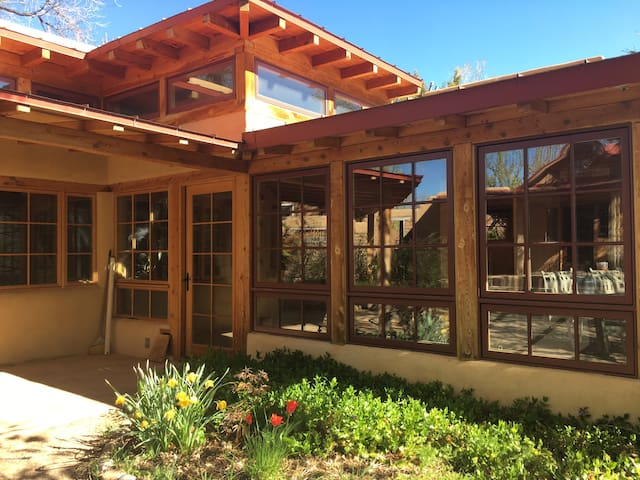 Stunning adobe house in town for extended stay