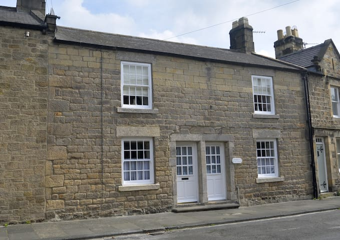 Historic cottage in Corbridge - Corbridge - House