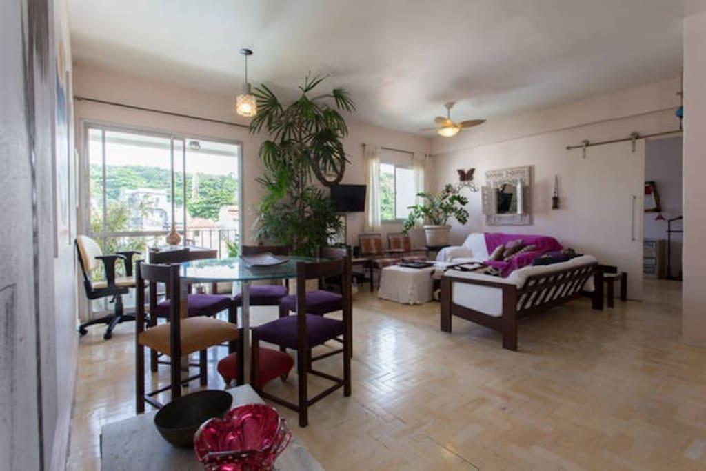 Living room of 30m2 / Sala com + de 30m2