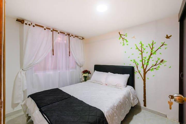 Acogedor Apartamento a 15 minutos del aeropuerto - Bogotá - Appartement