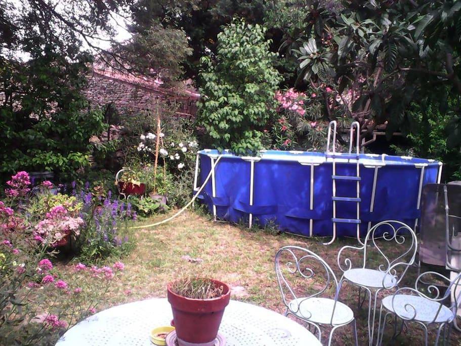 JARDIN La piscine a changé, autoportante 4m50 / 91cm
