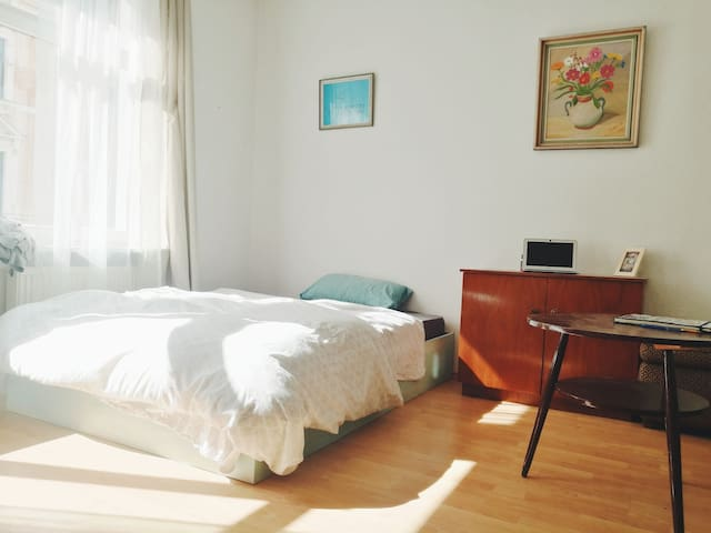 Beautiful room in Alt Lindenau