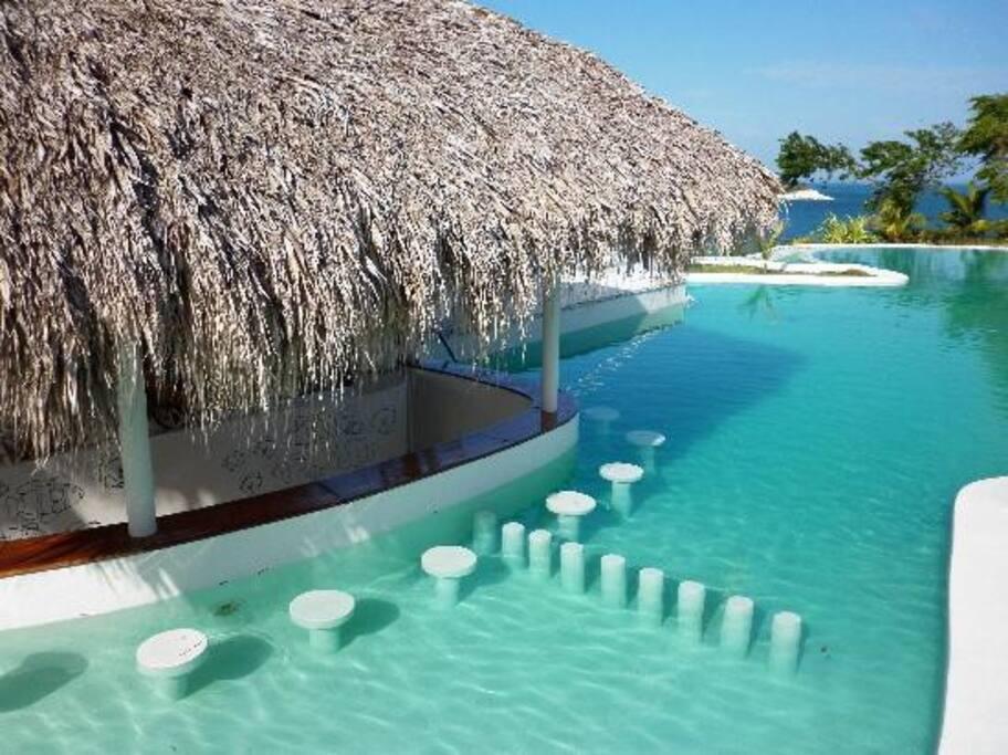 Section Bar de la piscine