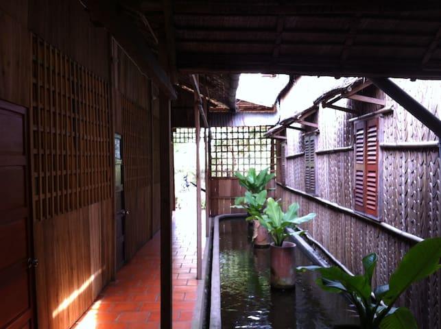 PHUONG THAO NATURE HOMESTAY - long ho