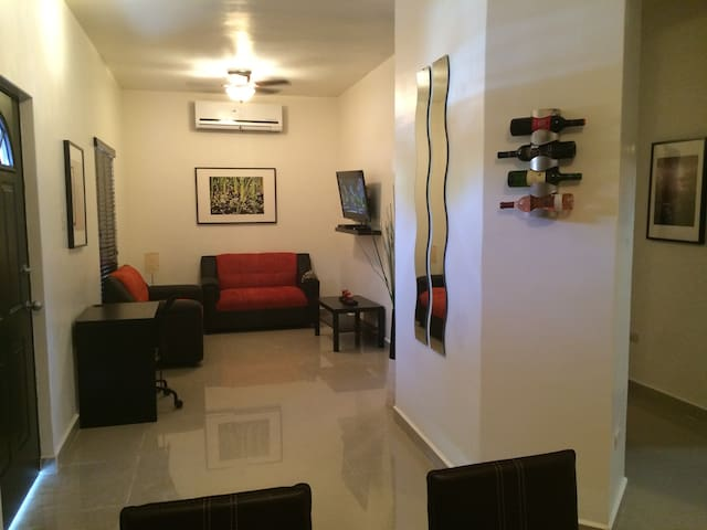 Suites amuebladas en privada - Hermosillo - Apartmen