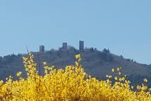 vue sur les 3 châteaux prise à 3 minutes à pieds