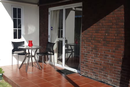 Private Studio apartment by St Heliers Beach - Auckland - Apartamento