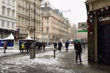 Graben, the shopping street
