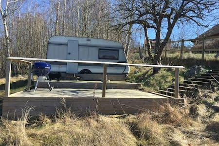 Campingvogn Grevie, Båstad 8 km ,skøn fredet skov - Båstad V
