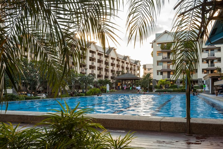 3Br Balinese Resort - Type Living - Pasig - Apartment