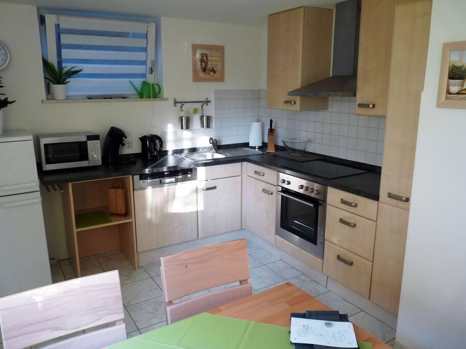 Küche, kompett ausgestattet