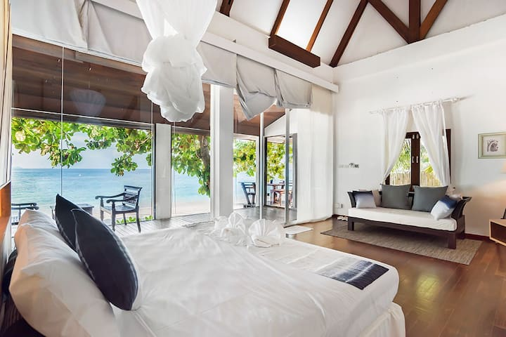 Private Beach Villa B | 1BR @Koh Maiton