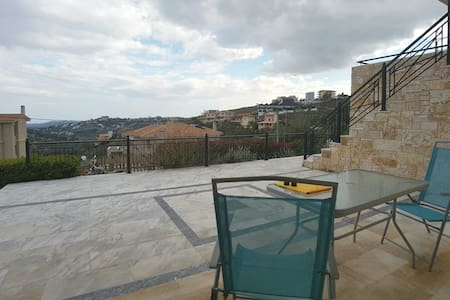 1 bed flat in a posh area near Athens Airport - Ntrafi - Wohnung