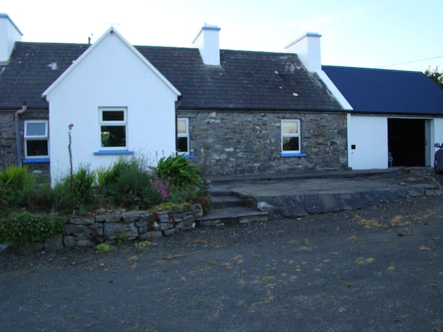 Holiday Cottage, Doonbeg, Co. Clare - Doonbeg - Casa
