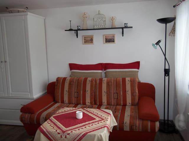 Malý útulný domek ve stylu Provence - Frýdek-Místek - Huis