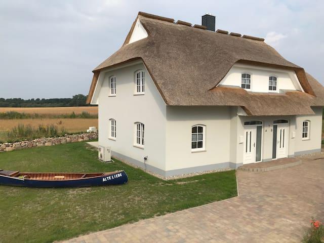 "Direkt an der Ostsee! Neues Haus ""Alte Liebe 7 A"""
