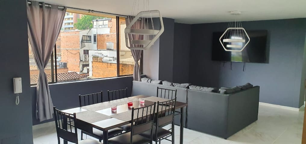 3 Bedroom LLeras with View close to Everything