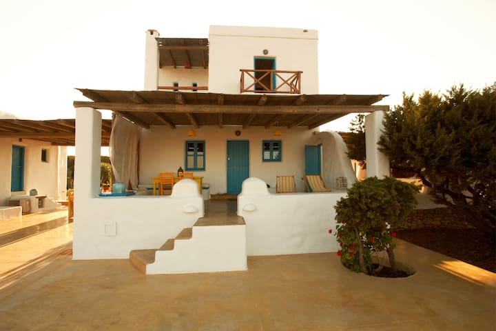 Traditional house, Koufonisia - Κουφονήσι - House