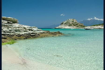 Petite maison en Corse, lotissement familial - Poggio-d'Oletta - Haus