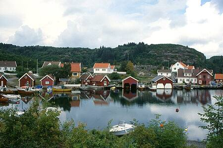 Peaceful place in Norwegian paradis