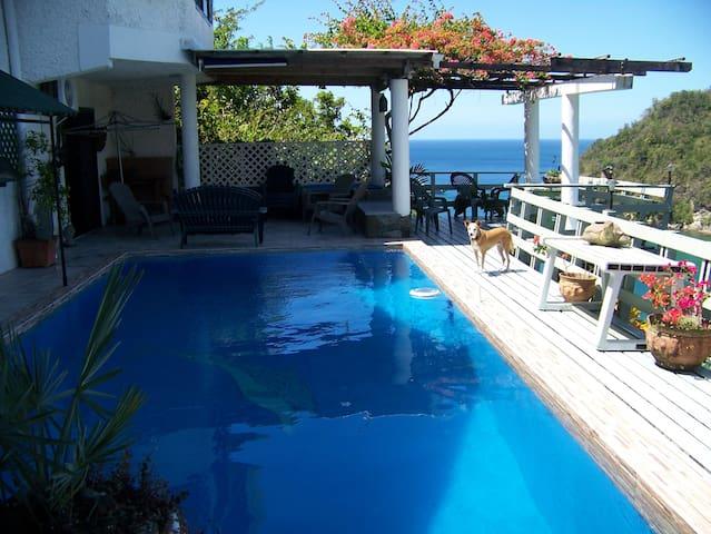 Private Caribbean Villa - Marigot Bay - Villa
