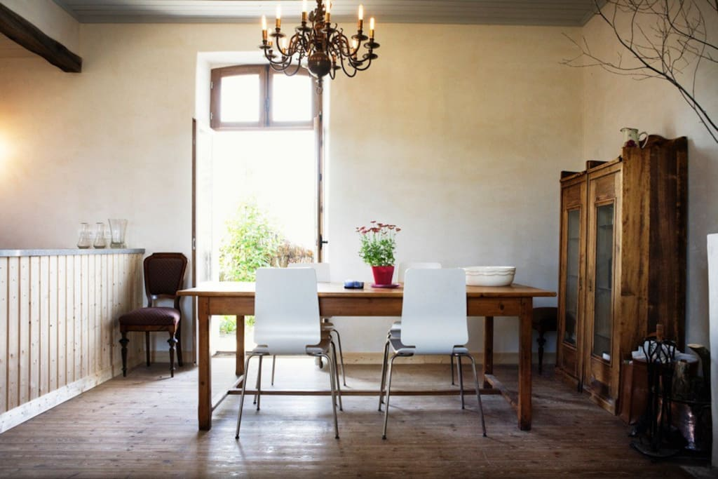 Dining room with door direct to the garden