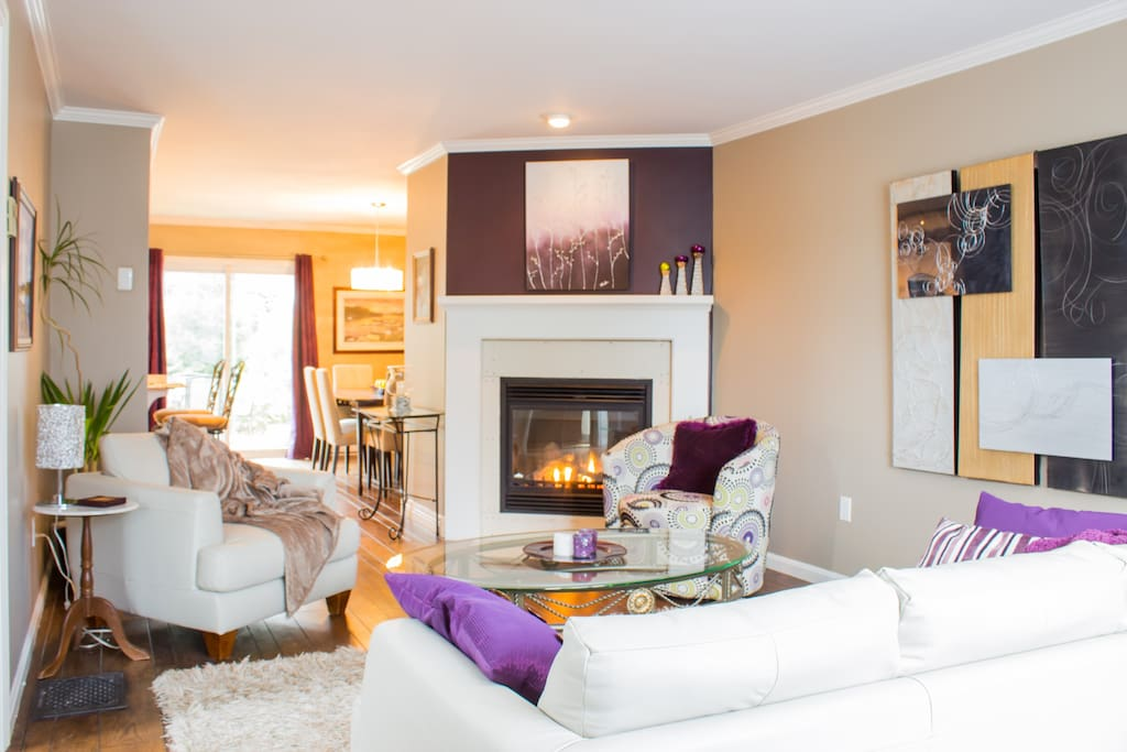 Living room with propane fireplace, a nice place to relax!