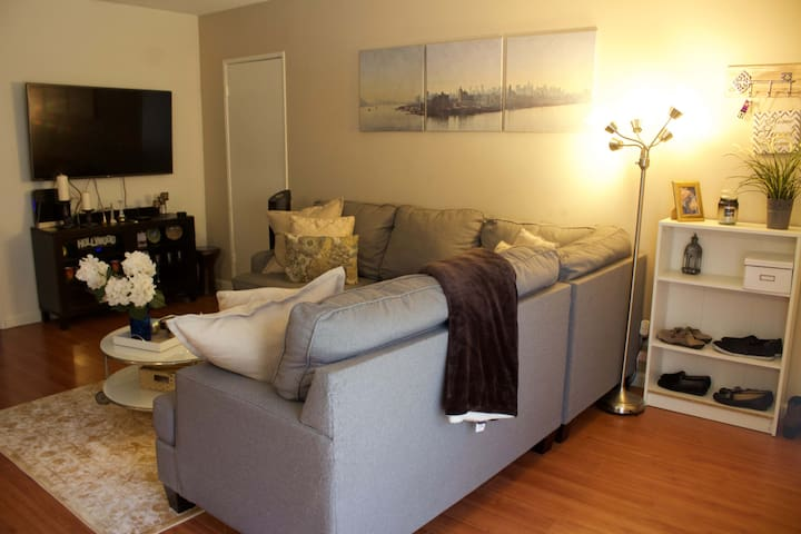 Cozy and Clean Apartment Close to the Beach - Torrance - Huoneisto