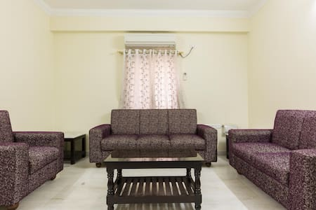 Luxury Private Room with Fully Furnished - Hyderabad - Huoneisto