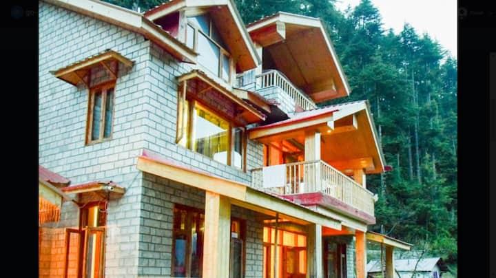 AmNeu Forest Way Cottages