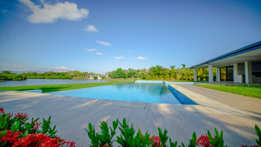 Villa 93 - Naisoso Island Villas