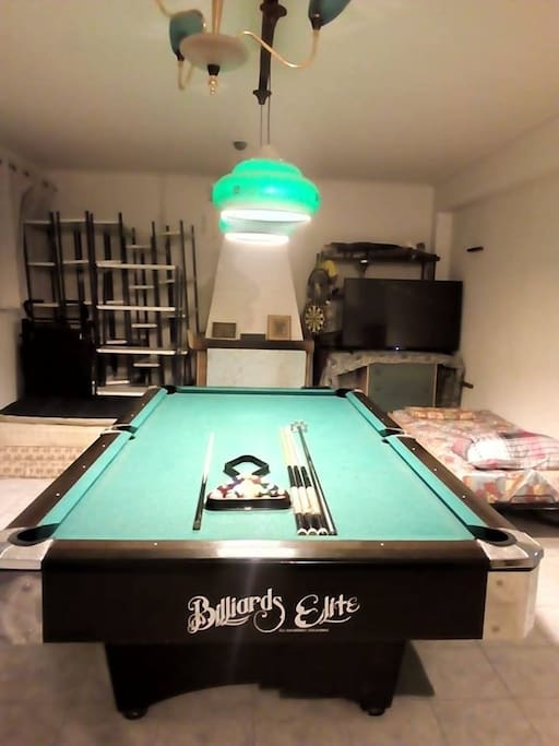 "LIVINGROOM NORMAL SETUP. WITH AMERICAN STYLE POOL TABLE FREE 24/7, A 55 INCH LED TV (PLUS 2 EXTRA BEDS) ""MANY MORE BEDS CAN BE ADDED"""