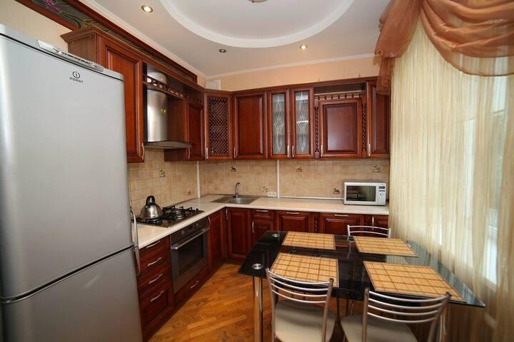3-ком квартира в тихом центре - Minsk - Byt
