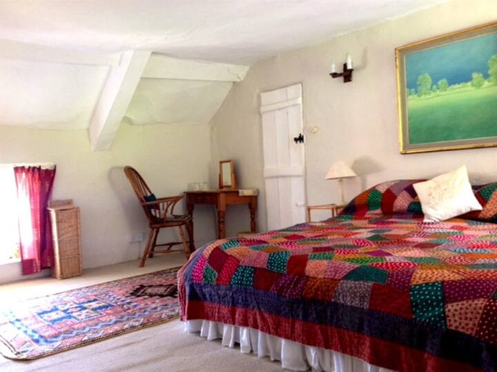 Bowhayes Farm - Room 2
