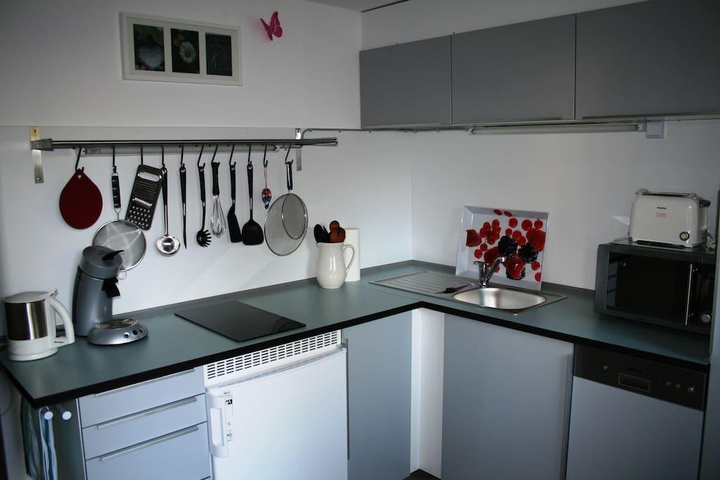 Küche, Vollständige Küchenausstattung