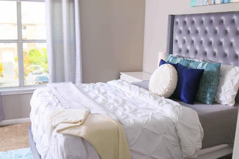 Modern Chic + Comfy Stay | 20min from Downtown ATL