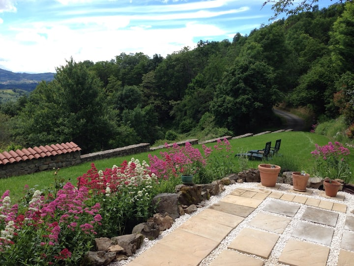 1. Quiet Retreat in the Beaujolais Hills. Room 1
