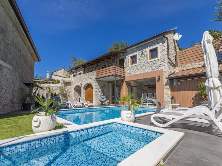 Three Bedroom House, in the countryside in Tribalj, Outdoor pool