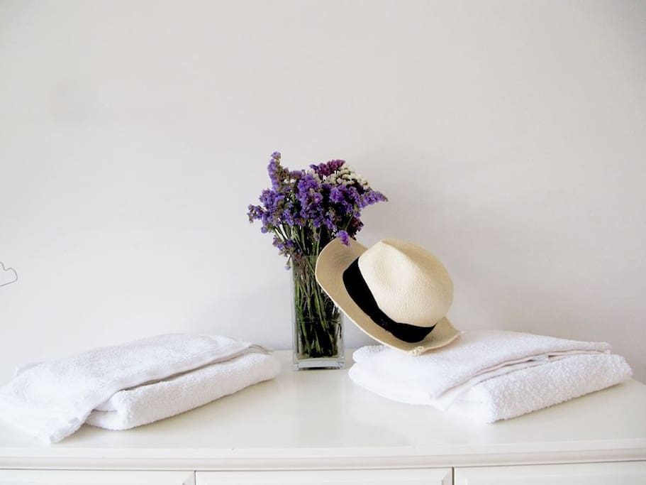 Linen and towels are offered