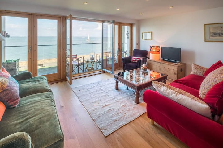 Stunning House On The Seashore In Cowes - Cowes - Casa