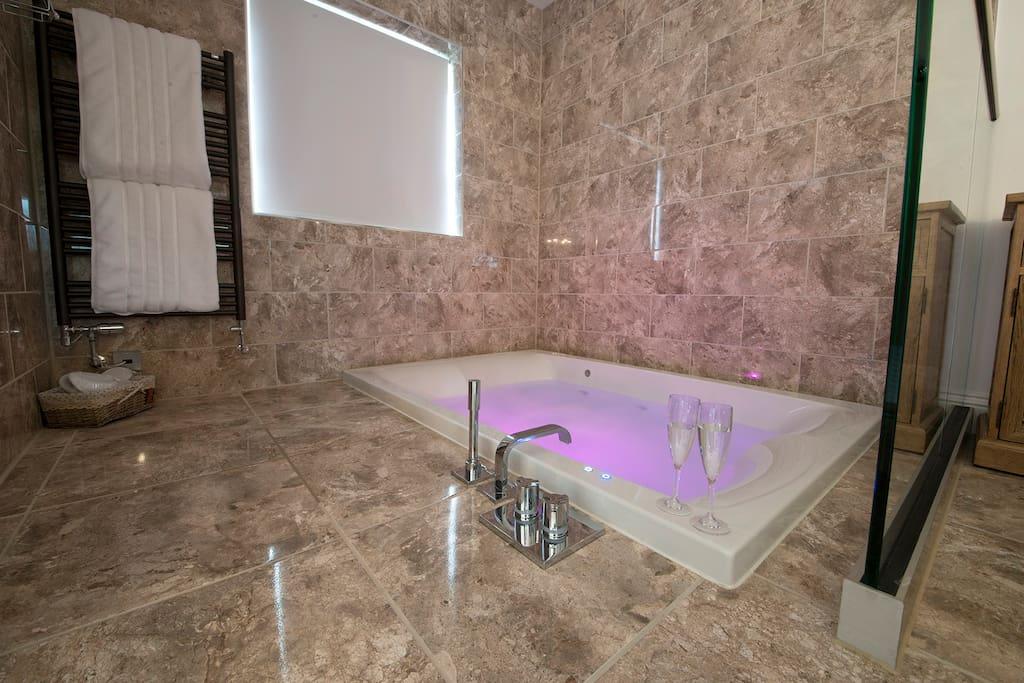 Sunken Double Air Spa Bath