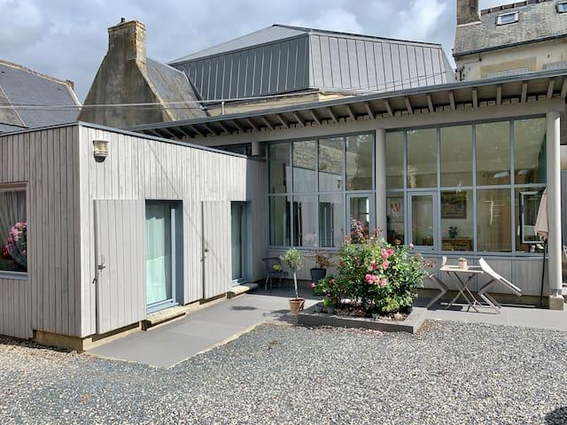 Tiny house avec parking&jardin au coeur de Bayeux