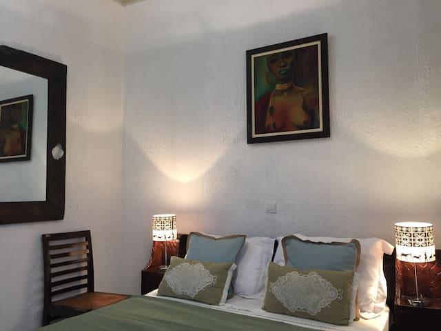 "La Villa de Kribi: ""Campo"" Standard Double Room - Kribi - Pension"