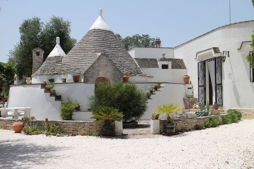 Front and entrance to trullo