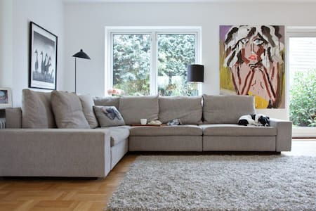 Danish design villa placed close to public transportation and only 10 minutes away from Copenhagen centre, 5 minutes from the sea and 5 from Dyrehaven.