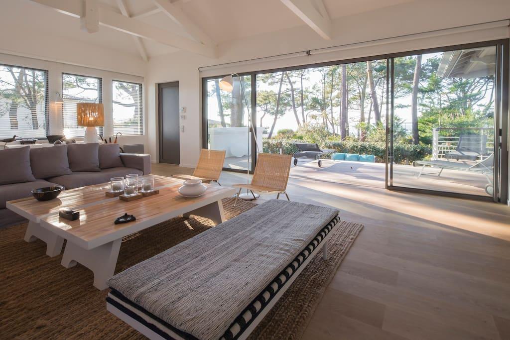 Luxueuse villa pyla 20 m tres mer maisons louer pyla sur mer france for Maison luxueuse a louer