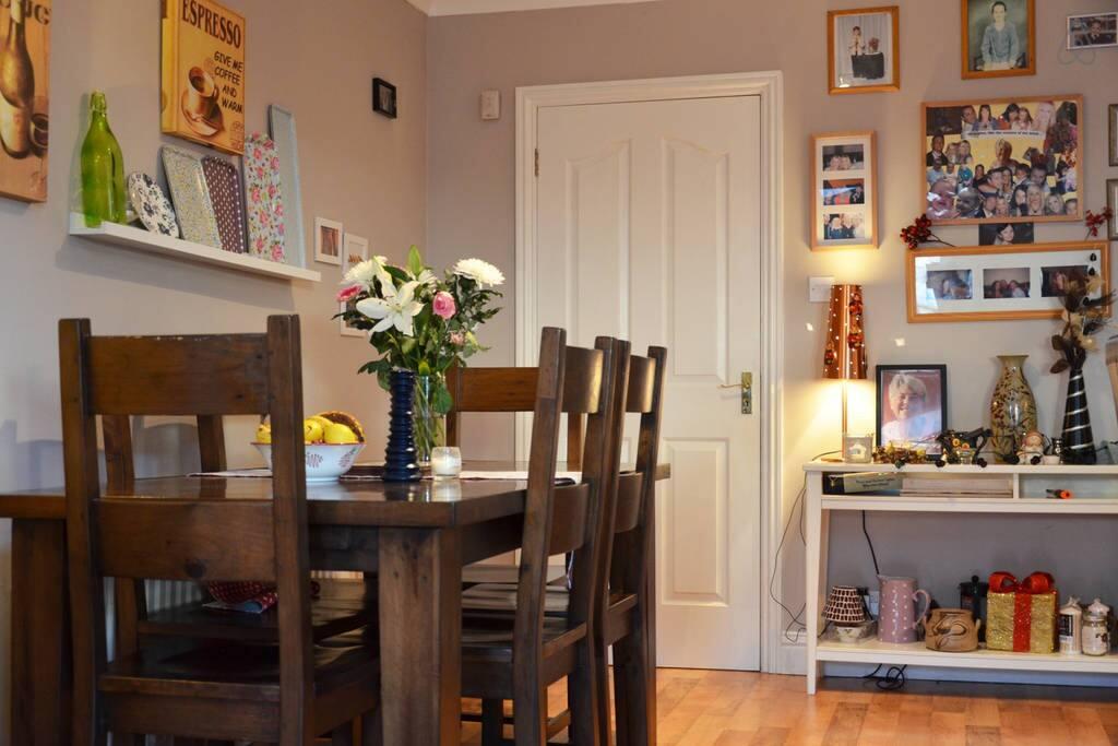 lovely spacious modern kitchen